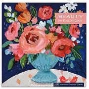 2021 Wall Calendar Beauty in each day