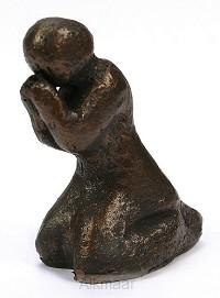 Beeld 606b gebed 6cm brons