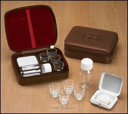 4 cup portable communion set