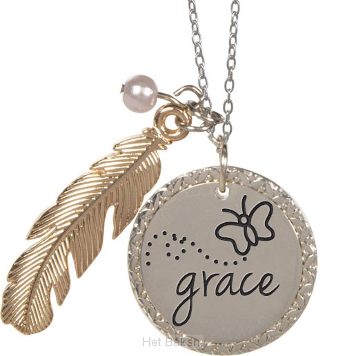 Feather pendant grace