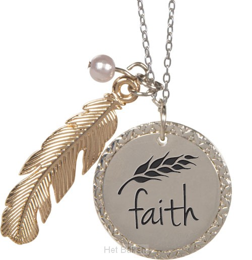Feather pendant faith