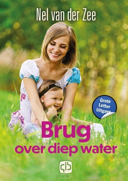 Brug over diep water