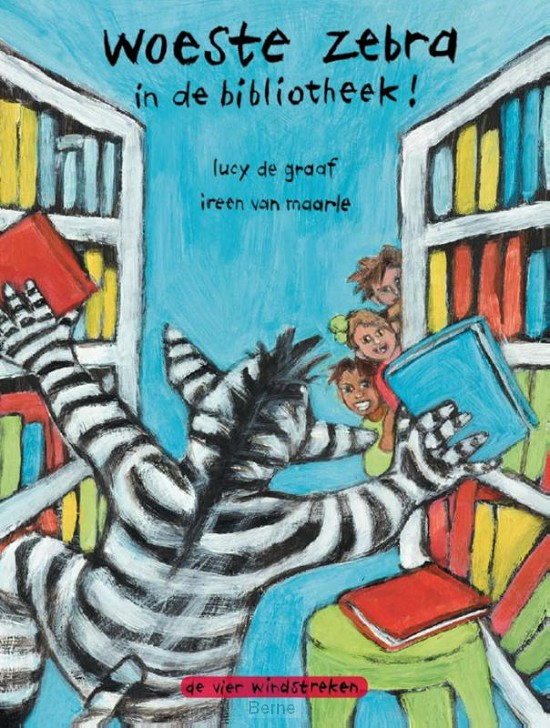 Woeste zebra in de bibliotheek