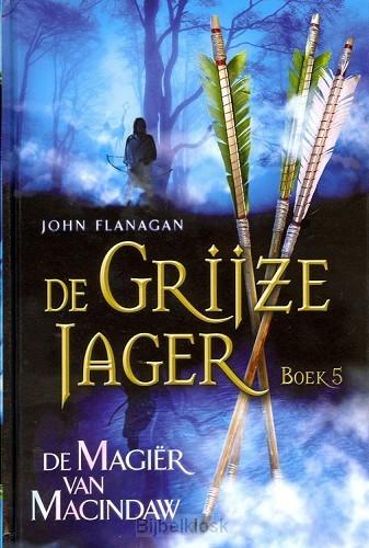 De Grijze Jager - 5 De magiër van Macind