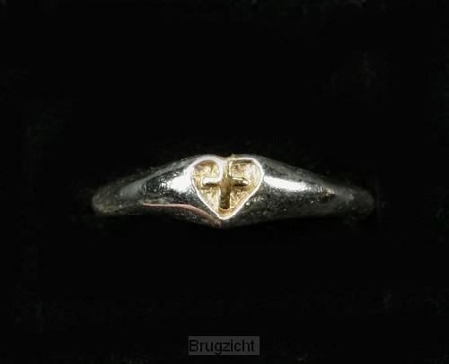 Zilveren ring verg.kruis in hart maat 16