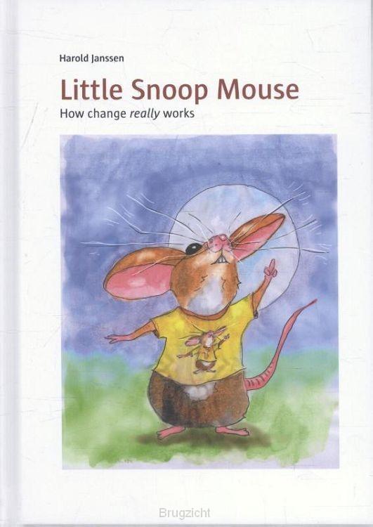 Little snoop mouse