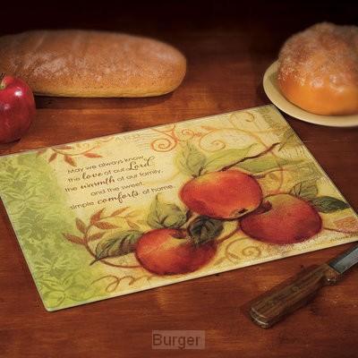 Cutting board apple