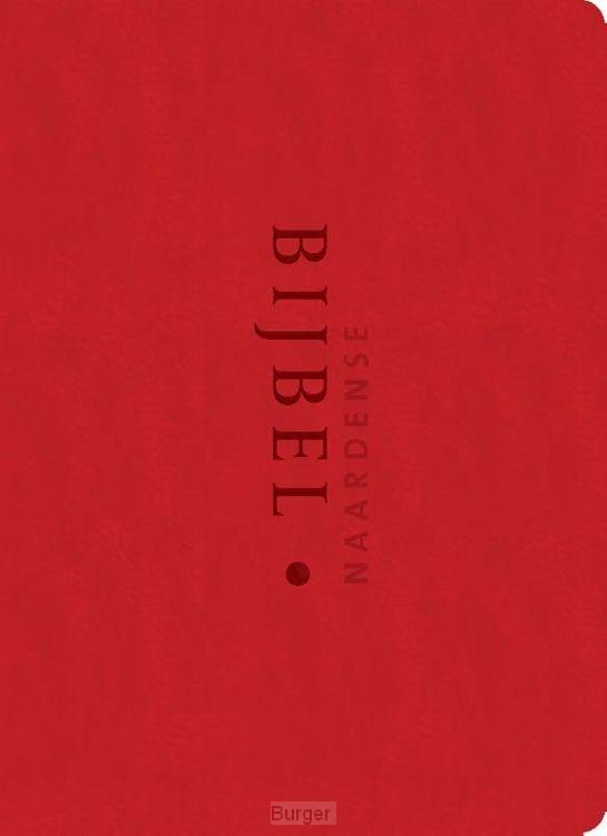 Naardense bijbel rood foedraal vivella
