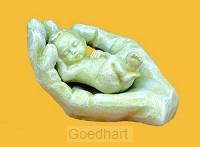 Beeld 2625.50 2624.50 baby in hand los