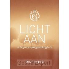 Licht aan muziekboek