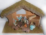 Kerststal 024 hout met 9 beeldjes 35cm