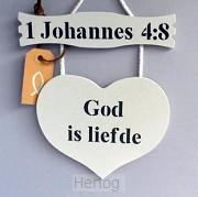 Wandbord hart met tekstbord God is liefd