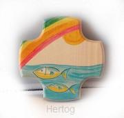 Kruisje hout met regenboog en vissen 624