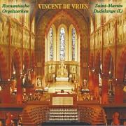 Vincent de Vries bespeelt het orgel