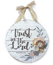 Wall hanger trust in the Lord