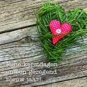 Kerstkaart hart in gras