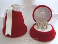 Kerststal mini in rode kerst klok