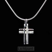 Ketting met hanger kruis 1,5cm zilver