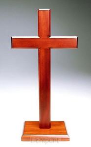 Kruis op voet 10cm mahoniehout