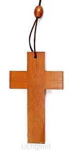 Kruis 6.3cm blank hout aan koord