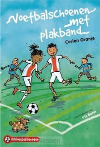 Voetbalschoenen met plakband (1)