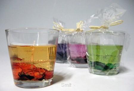 Gelkaars in glas droogbloemen