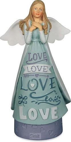 Figurine love