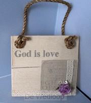 Wandbord vierkant God is love