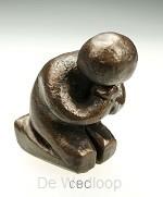 Beeld 3b danken 10cm brons
