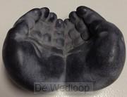 Beeld 2 vragende handen 6-8 cm