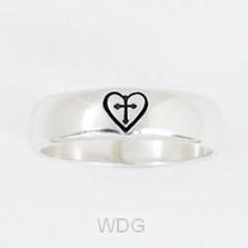 Cross in Heart - Size 9 (Silver Ring)