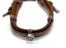 Armband leer bruin kruis verstelbaar