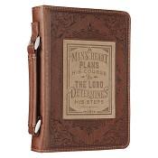 A mans heart plans his course : Biblecover - Medium- 168 x 245 x 45 mm