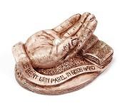 2 : Beeld Parel in Gods hand : Beeld parel